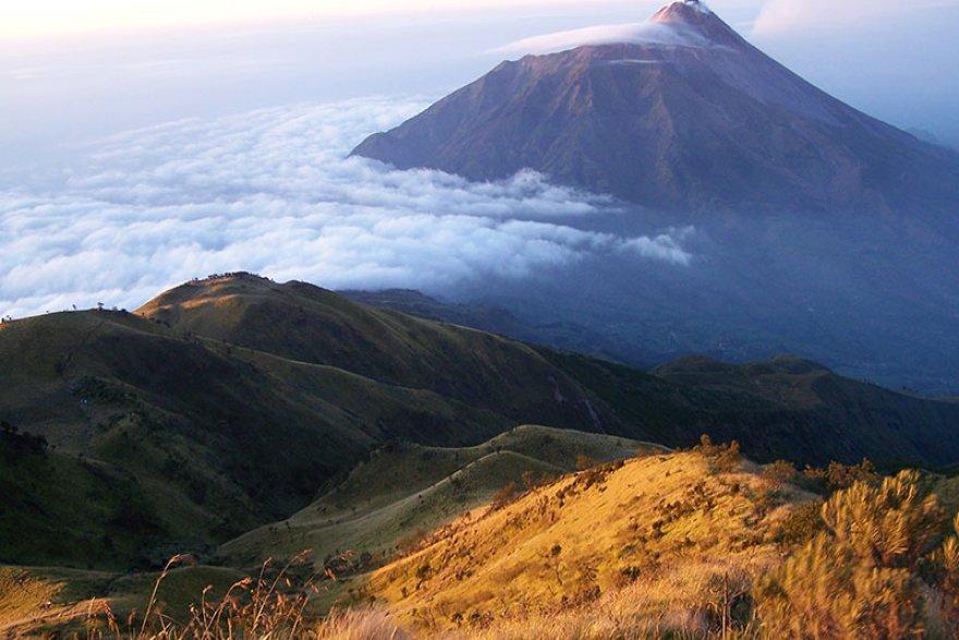 Mount-Lawu-Central-Java-Indonesia-001-nf55c0o0l3o2m7h3a7zd0daxrn246l98ar7lrdshym